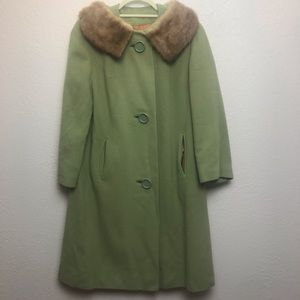 Jackets & Blazers - Vintage Cashmere soft green Peacoat with fur